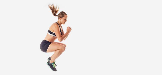 saut genoux pliés exercice cardio