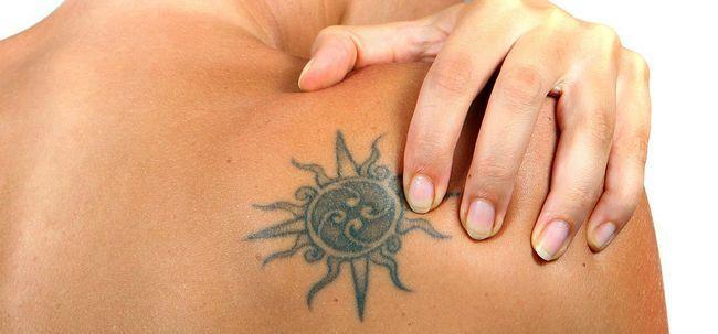 meilleurs dessins de tatouage soleil notre top 10 des pics. Black Bedroom Furniture Sets. Home Design Ideas