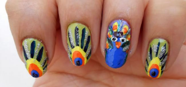 Peacock nail art tutoriel Photo