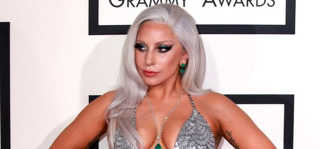 Le guide gaga de maquillage dame ultime Photo