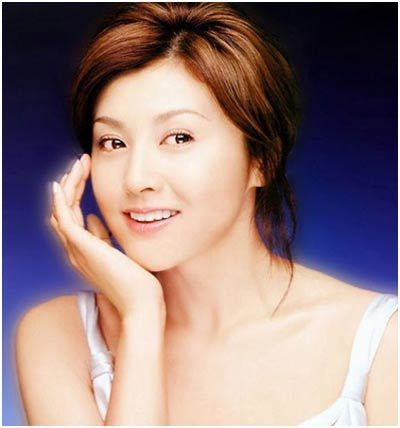 top 10 des plus belles femmes japonaises. Black Bedroom Furniture Sets. Home Design Ideas