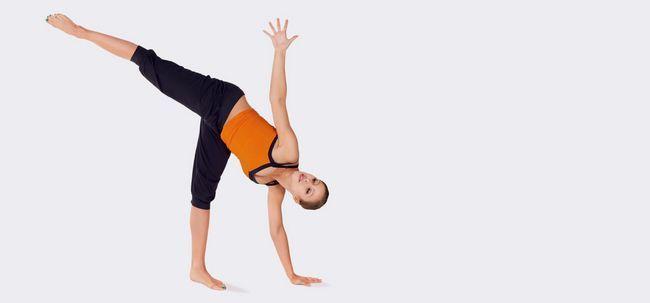 Top 10 des postures de yoga pour traiter l ostéoporose 8cb0b1b3f95