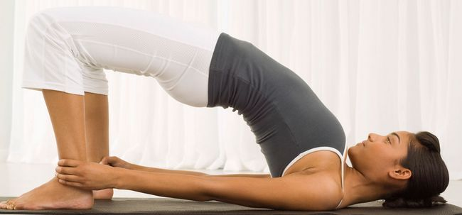 Top 10 poses de yoga pour stimuler la fertilité Photo