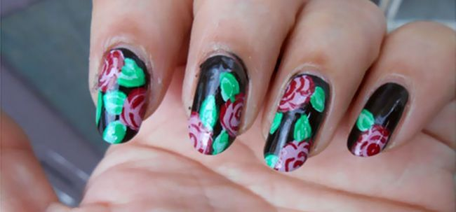 Vintage roses nail art tutoriel Photo